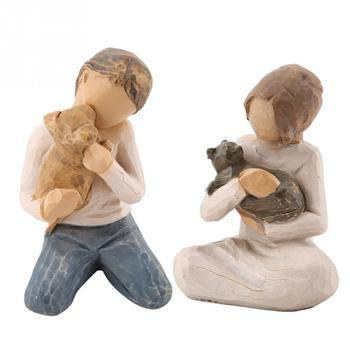 Hot Sale 2pcs Man&Woman Hugging Pets Shape Resin Figurine Decoration Statue Model Sculptures Home Decoration Statues