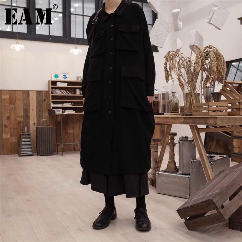 EAM 2019 Spring Woman New Solid Color Long Sleeve Turn down Collar Spliced Pockets Single