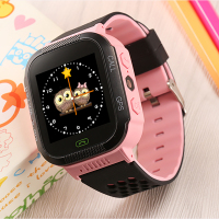 1pcs Kids GPS Tracker Watch Smart Watches Flashlight Touch Screen clock SOS Call Anti lost Location Finder Children watch Q528