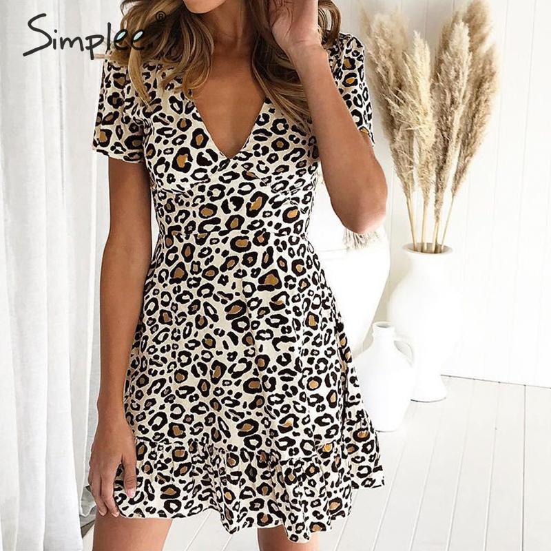 Simplee v-образным вырезом леопардовая расцветка женские короткое платье Элегантные линии большие размеры летние мини-платье с коротким рукав...