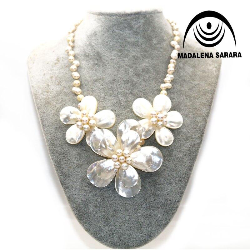 MADALENA SARARA offre spéciale Festival européen américain collier de perles d'eau douce blanche trois coquille fleur collier personnalité