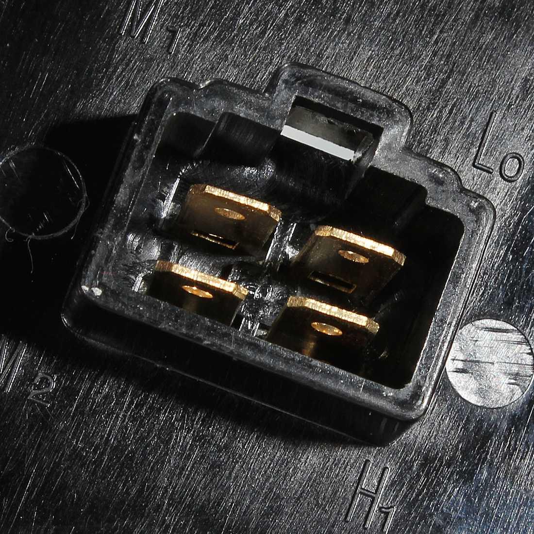 Rover 45 MG ZS 400 1995 en la perilla de Control Calentador Interruptor