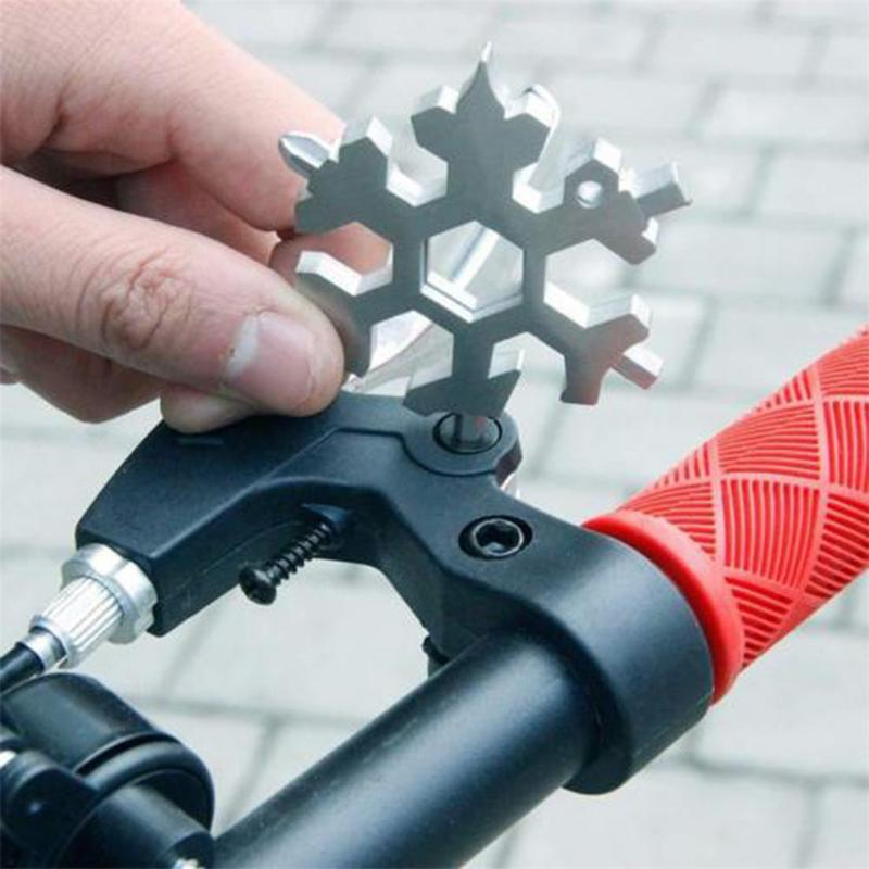 18-in-1 Multi-tool Card Combination bike Compact And Portable Products Snowflake biclye