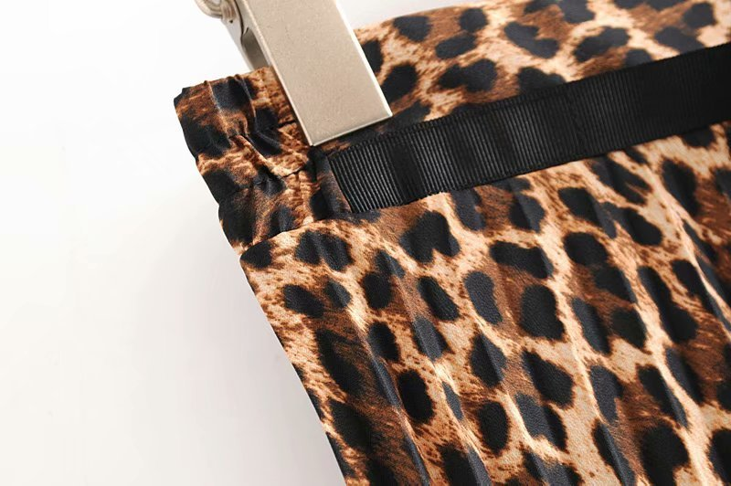 2019 Leopard Pleated Skirt with Bow Belt High Street Women Animal Print Midi Skirts 5