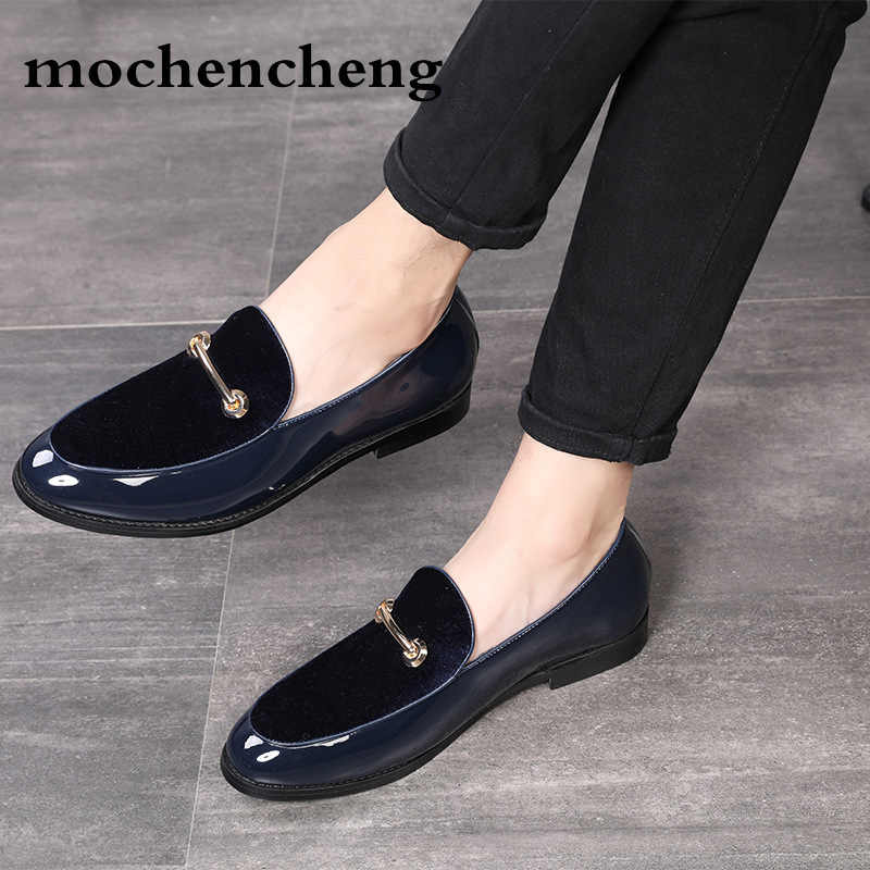 516a6f05c5e Dropshipping 2019 Fashion Pointed Toe Dress Shoes Men Loafers Patent Leather  Oxford Shoes for Men Formal