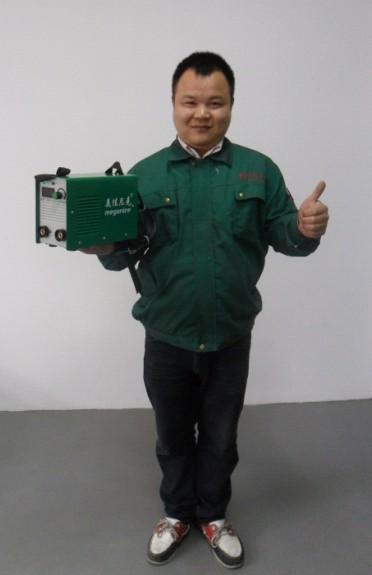 мини портативный IGBT транзисторах сварочный аппарат. ММА-200