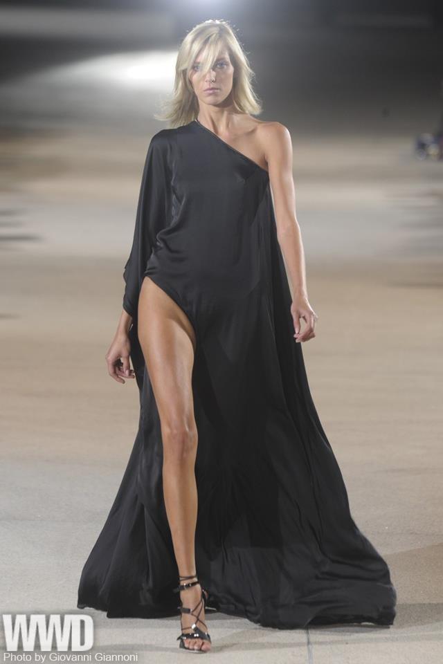 inspired-celebrity-dresses-2013-55th-grammy