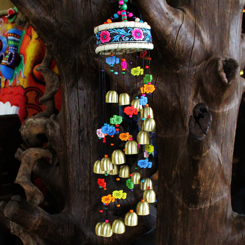 New Style Handmade Ethnic Crafts Home Decorations Exquisite Embroidered Grass Slice Drum 22 Bells Colorful Wood Fish Wind Chimes