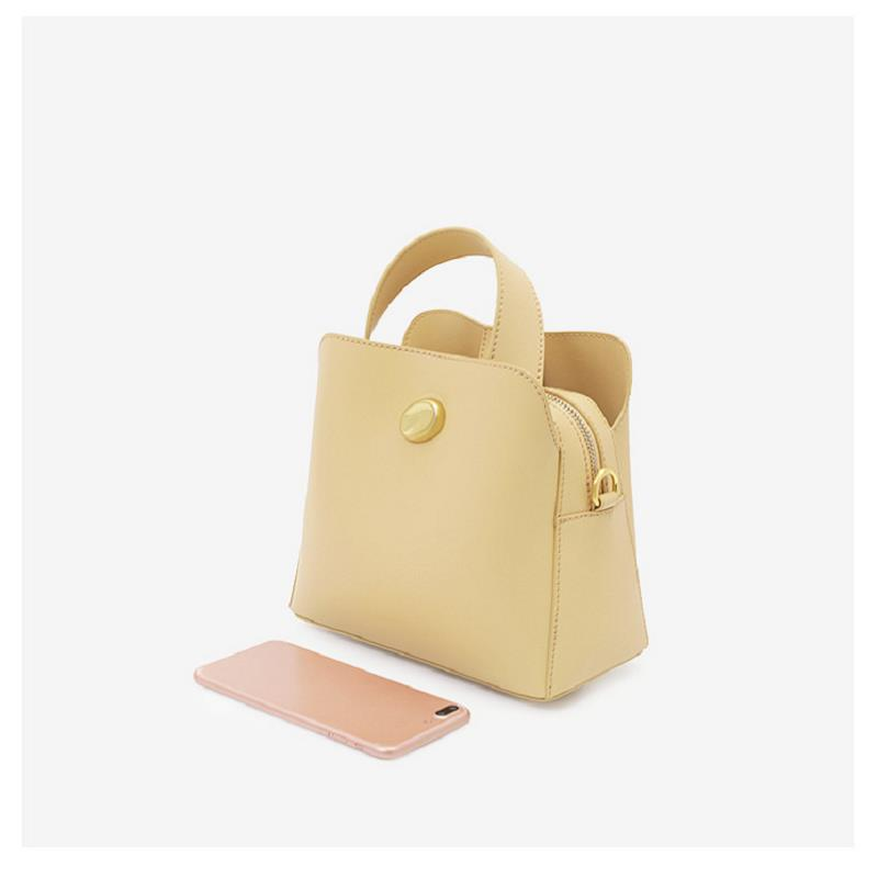 Real cowhide new design women 39 s simple fashion solid color bucket bag 2019 summer single shoulder diagonal handbag free shipping in Shoulder Bags from Luggage amp Bags