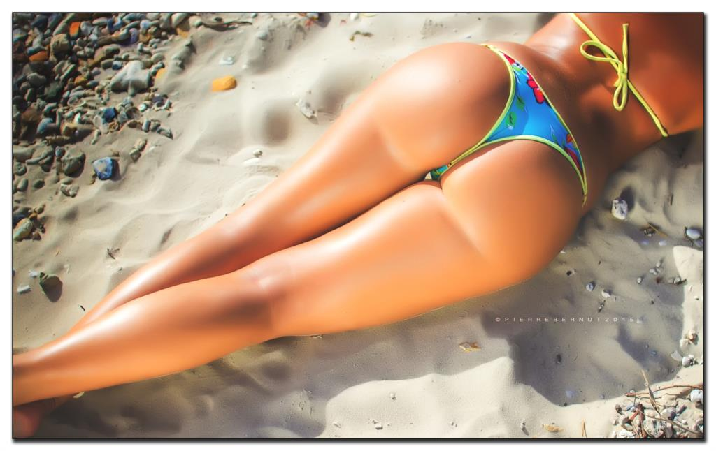Sexy Beach Hot Model Nice Hip Ass Big Butt Fabric Poster -9452