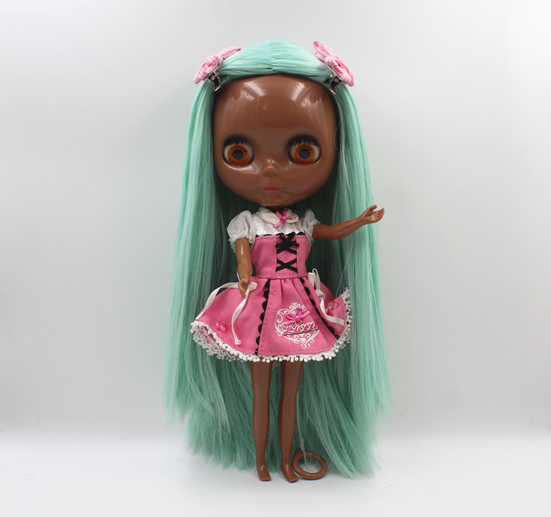 Blyth doll Blygirl Light green straight hair deep black body nude doll body 7 joint body DIY doll can replace scalp new skinBlyth doll Blygirl Light green straight hair deep black body nude doll body 7 joint body DIY doll can replace scalp new skin