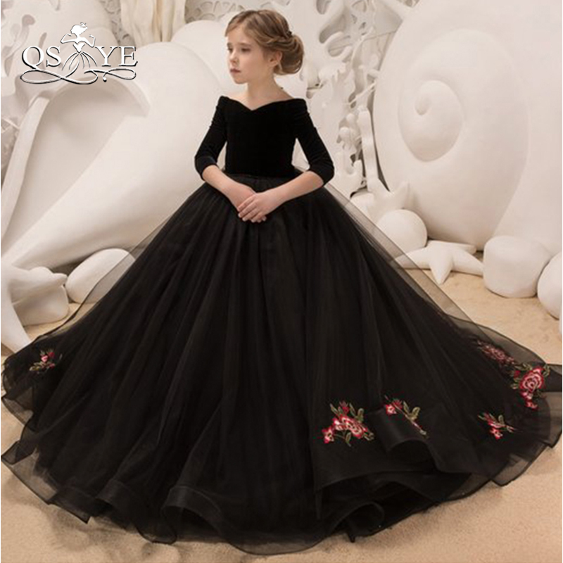 QSYYE Black Vintage Ball Gown   Flower     Girl     Dresses   Off Shoulder V Neck Half Sleeves Floor Length Tulle Lace   Girl   Communion   Dress