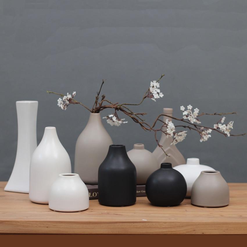 Classic Black White Ceramic Vase Chinese Arts And Crafts