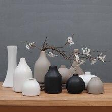 Classic black/white Ceramic Vase