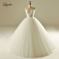 Liyuke De Schouder Strapless Baljurk Trouwjurk Tulle Lace Hof Trein Mouwloze Bridal Dress vestido de casamento