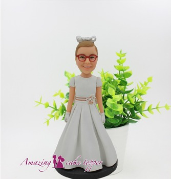 2019 AMAZING CAKE TOPPER Toys Kind and beautiful little girl And Groom Gifts Ideas Customized Figurine Valentine's Day