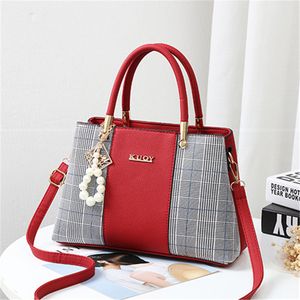 Image 5 - 21club Brand PU Leather Large Capacity Woman Handbag Grid Shoulder Bag Fashion Casual Luxury Designer Crossbody Women Handbags