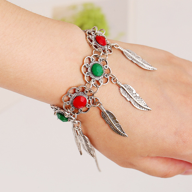 Retro fashion Bohemian women ancient silver plated leaves tassel bracelet BT92