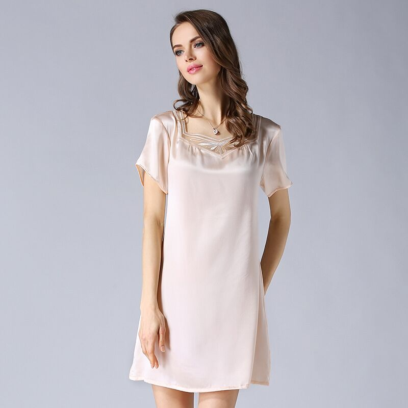 High grade 100 Real Silk Women Nightgowns Summer Short Sleeve Nightdress Female Mulberry Silk Nightwear Night Dress Sleepwear in Nightgowns Sleepshirts from Underwear Sleepwears