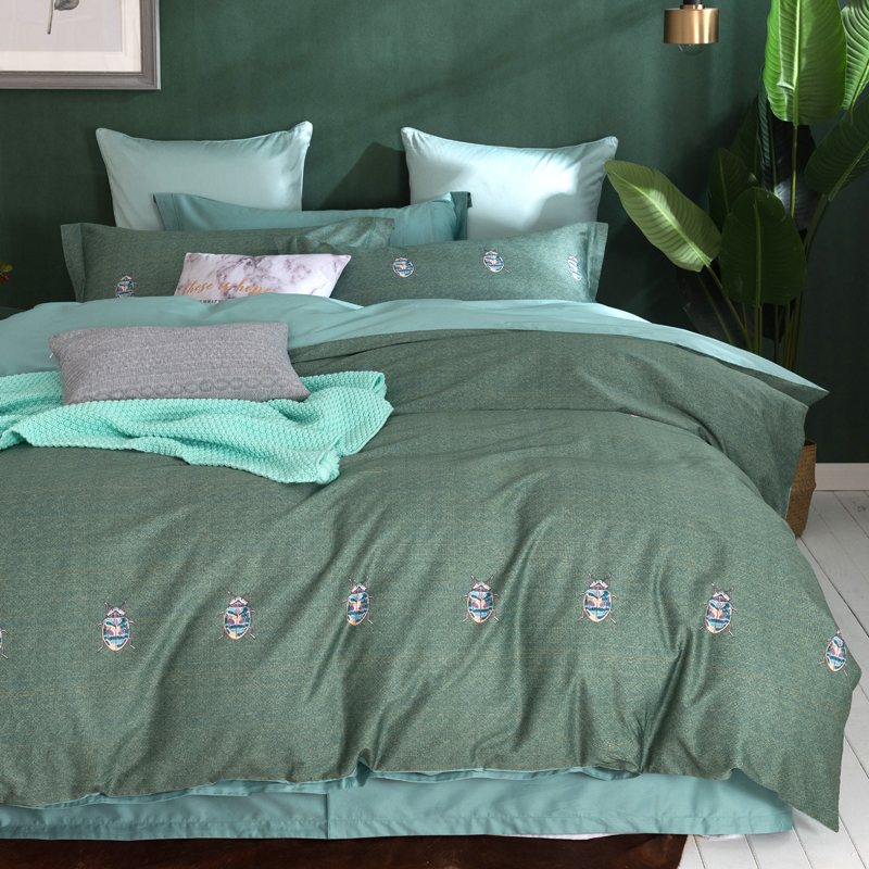 Small insect print bedding set Egyptian cotton fabric Queen King Size green duvet cover flatsheet pillowcaseSmall insect print bedding set Egyptian cotton fabric Queen King Size green duvet cover flatsheet pillowcase