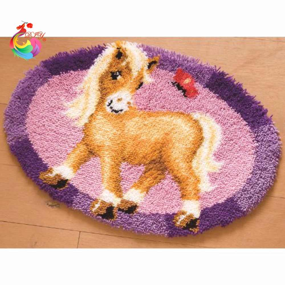 3D Latch Hook Rug Kits DIY Needlework Unfinished Crocheting Rug Yarn Cushion Mat Cartoon horse Embroidery Carpet Free Shipping