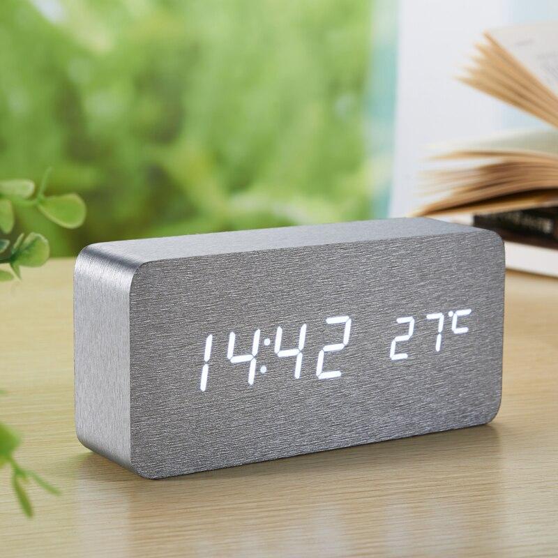 Novo Despertador Digital de madeira Da Pele de Prata relógio de Controle de Som Led Mesa de Cabeceira de Mesa reloj despertador relógio eletrônico
