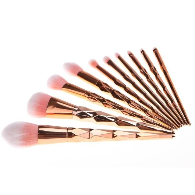 11Pcs Diamond Rose Gold Makeup Brushes Set Mermaid Fishtail Shaped Foundation Powder Cosmetics Brush Rainbow Eyeshadow Brush Kit 1