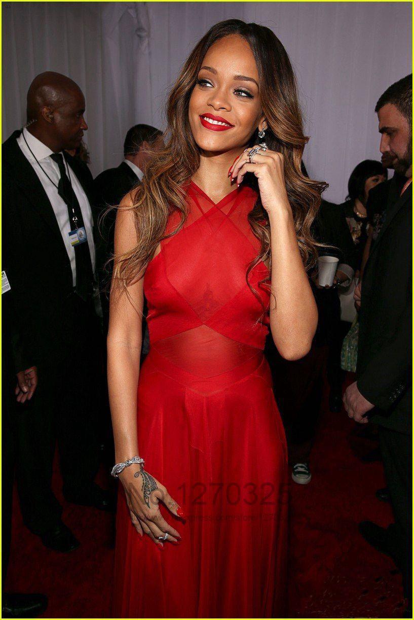 2017 neue Inspiriert von Rihanna Kleider. Grammy Awards Roter ...