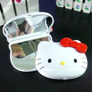 New Hello Kitty Bling Compact two-sided mirror / Make Up Mirror yey--F807