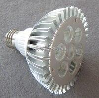 Gratis verzending naar Europa AC85v/265 V IR afstandsbediening kleurverandering rgb 7X1 W Par30 led spotlight 10 stks/partij voor dansen zalen