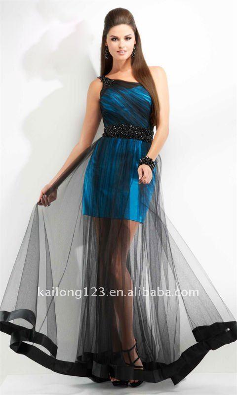 Designing Prom Dresses