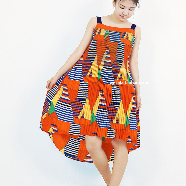 Gratuite Géométrie Couleur orange Robes Hit Livraison Petite Couture Pu De Robe Miyake Danse Trompette Ciel Plier Coloré Plissées tA65w6qx