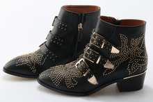 2020 Susanna Studded Leather Ankle Boots Women Round Toe Rivet Flower Martin Boots Women Luxury Velvet Boots Zapatos Mujer недорого