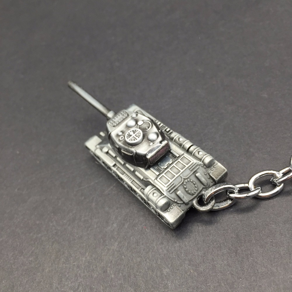 Fashion World of Tanks Key Chains Ring Men WOT Game Chariot Keychain Bag Charms Car Keyring Party Gift For Man Trinket Souvenirs image