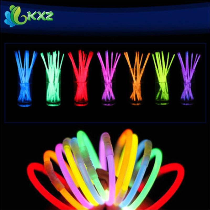100pcs 8 Multi Color Glow Light Stick Bracelets Necklace Glowsticks Xmas Christmas Party Supplies Neon Fluorescent