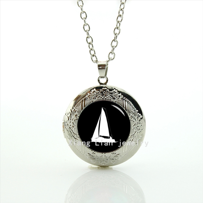 2016 fashion sailing ship sail boat pendant necklace steampunk sport jewelry locket necklace friend ship gift T500