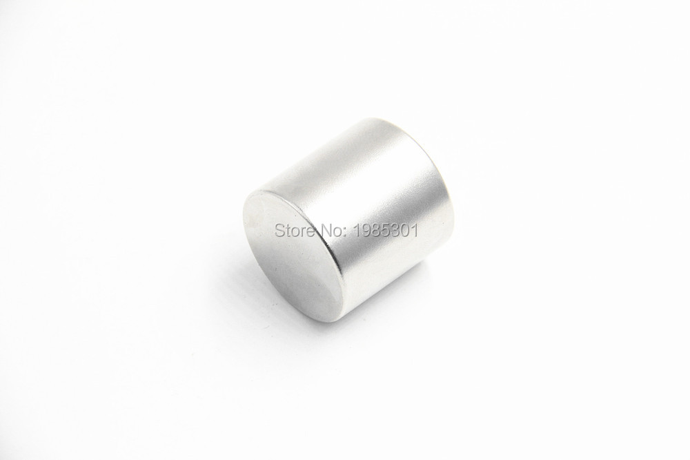 1pcs Strong Round Dia 30mm x30mm N35 Rare Earth Neodymium Magnet Art Craft Fridge free shipping ewa e305 portable 5w wireless bluetooth v2 0 stereo speaker w mic tf white light grey