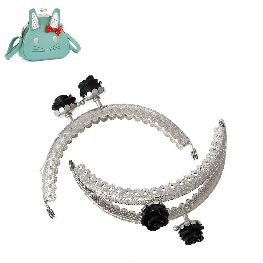 PACGOTH Iron Based Alloy Kiss Clasp Lock Purse Frame Arch Silver Color Resin Flower 8.7cm X6.3cm, 3 Color ,3 PCs