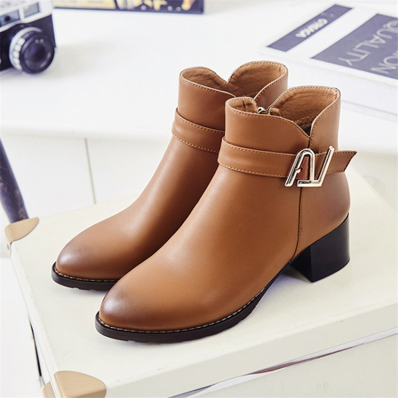 Head layer cowhide Autumn winter women boots warm snow boots genuine leather shoes woman ankle boots Med High heeled Size 34-43 warm women winter boots women ankle snow boots cowhide sweet flowers round the end of short barrels bread shoes mianxie