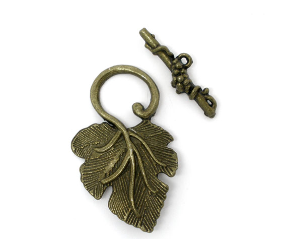 3 Sets Bronze Color Grape Charm Toggle Clasps Findings New