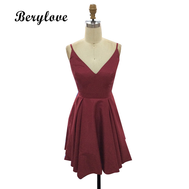 BeryLove Simple Burgundy Short Homecoming Dresses 2018 Mini Satin Homecoming  Dress Plus Size Homecoming Gowns Cocktail Dresses 4f95c63cebd4