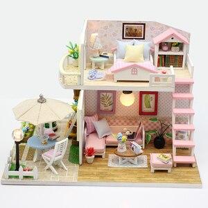Image 2 - DIY בית בובות מיניאטורות עץ בית בובות Miniaturas ריהוט בית צעצוע בובת צעצועי מתנת בית תפאורה קרפט צלמיות M33