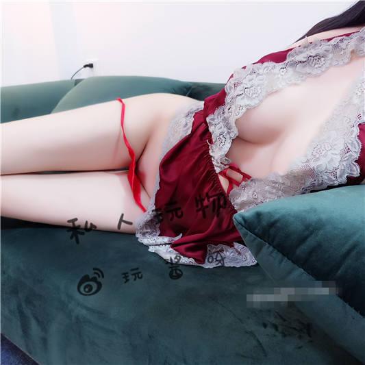 网红女神@私人玩物-6.30红色睡衣[32P+1V/940MB]