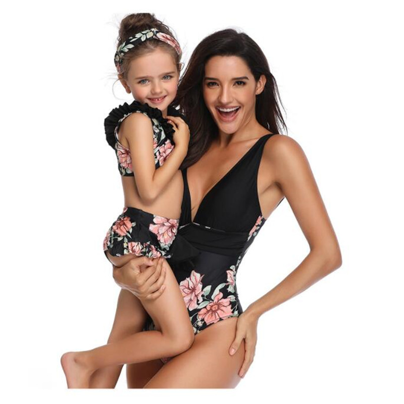 2019 Family Matching Swimwear Mom Daughter Swimsuit Mother Daughter Bikini Bathing Suit Swimwear Kids Family Matching Outfits