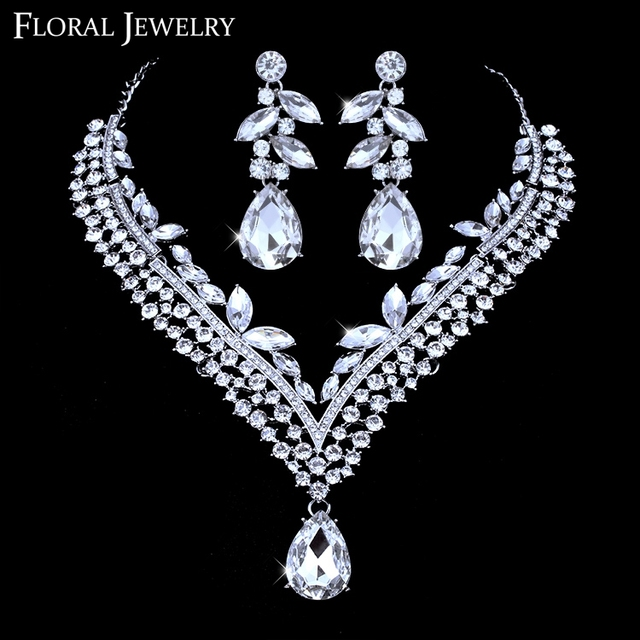09844f92a765 Aretes Collar de Conjuntos de Joyas de Cristal de Boda Rhinestone claro  Gota de Agua Accesorios