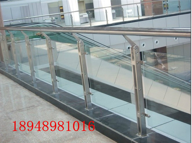 Stainless Steel And Wood Engineering Column Column Glass Stair Railing  Accessories Staircase Handrail Fence Railings