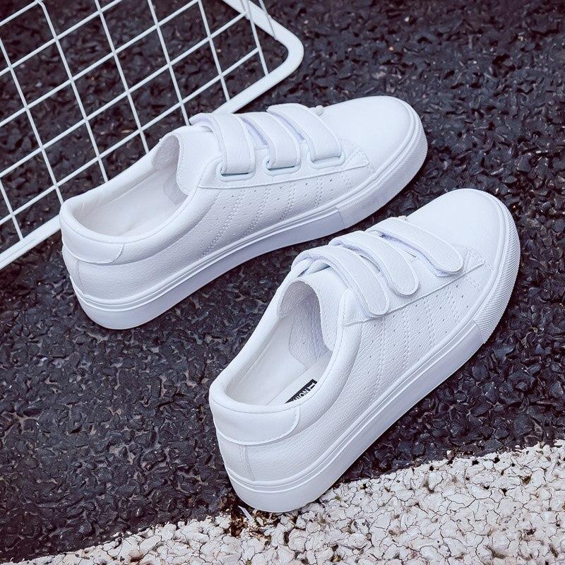 2017 otoño nuevas mujeres de la manera zapatos de plataforma casuales agujero pu rayado simple mujeres ocasionales zapatos blancos zapatillas de deporte