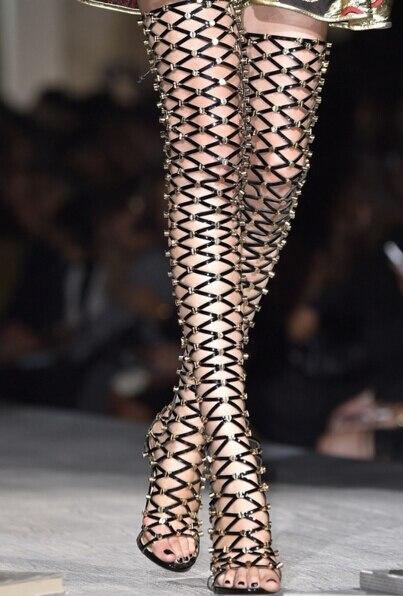 Mujer Gladiateur Boucles Longue Métal Talons Color Botas Sexy as Sur Hauts Beige Showed Cuisse As Genou Le Bottes Plus Femmes D'été Chaud Haute Creux Ixn7OZwC