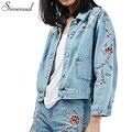 Вышивка ретро короткие джинсовая куртка 2016 осенью новый тонкий цветочный светло-голубой женщины куртки, ветровки vintage пиджаки карманы пальто продажа