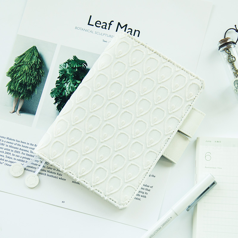 The White Peacock Theme Creative Hobonichi Fashion Journal Cloth Cover 16.5*12cm DIY Diary Agenda Supplies Gift Free Shipping kavis genuine leather wallet men mini walet pocket coin purse portomonee small slim portfolio male perse rfid fashion vallet bag